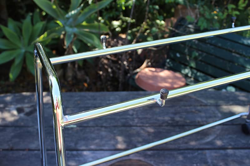 Chrome Tubular Stand for AC-30 or AD-120 Amplifiers
