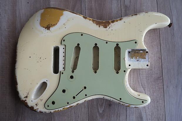 Fender Stratocaster Celluloid Nitrate Pickguard Relic