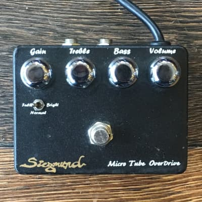 Used Siegmund Micro Tube Overdrive Guitar Effect Pedal With Box