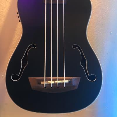 Kala UBass Black Journeyman Mahogany Roundwound Steel Strings w/Gigbag