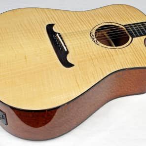 Fender T-Bucket 400ce V3 Flamed Maple Cutaway Dreadnought w/ Electronics Natural