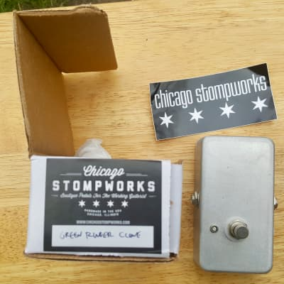 Chicago Stompworks Octave Up Green Ringer clone pedal unmarked