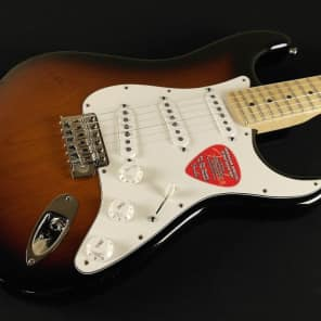 Fender American Special Stratocaster - Maple Fingerboard - 2-Color Sunburst 0115602303 (796) for sale