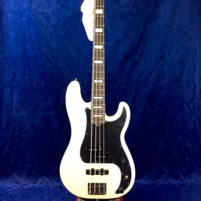 Fender Duff McKagan Deluxe Precision Bass in Pearl White with Rosewood Fingerboard for sale