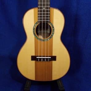 Ohana TK-90SC Solid Spruce/Cedar/Maple/Rosewood Tenor Ukulele