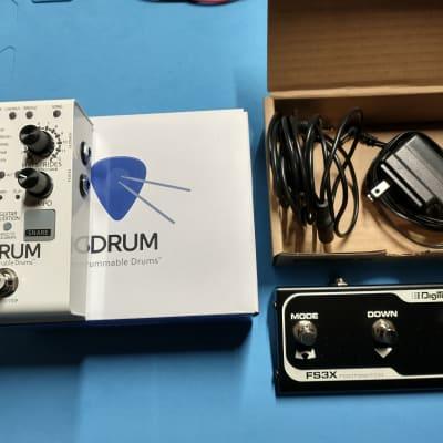 Digitech SDRUM Strummable Drums + DigiTech FS3X 3-Button Footswitch for sale