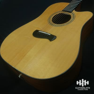 12Hr Flash Sale '04 Tacoma DM14CE Acoustic Electric Lr Baggs Pickup Almost MINT. Solid Woods!