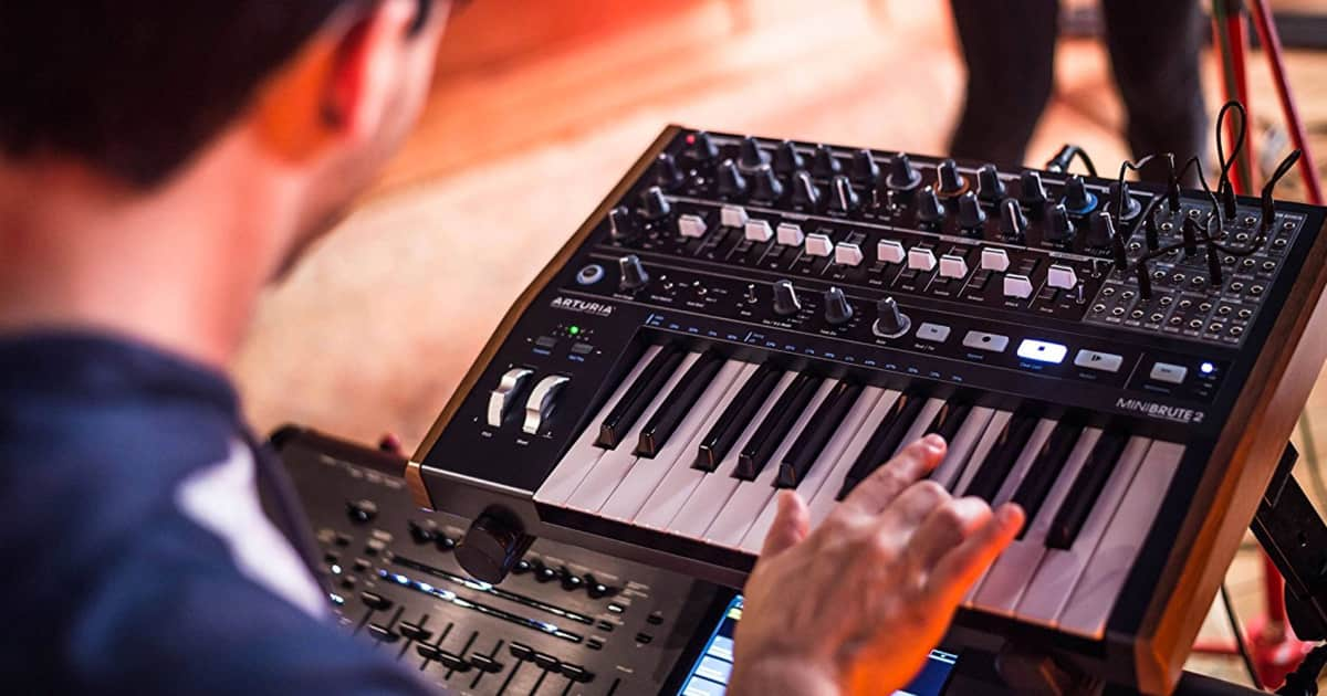 A Guide to Standalone Modular and Semi-Modular Synths
