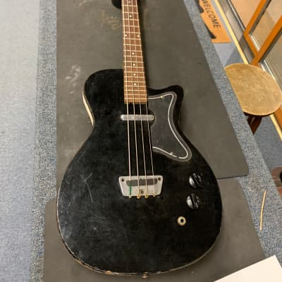 Silvertone U1 Bass for sale
