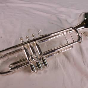 King 1117SP Ultimate Professional Model Marching Bb Trumpet