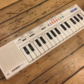 Casio PT-1 Mini Synthesizer 1982 - 1988