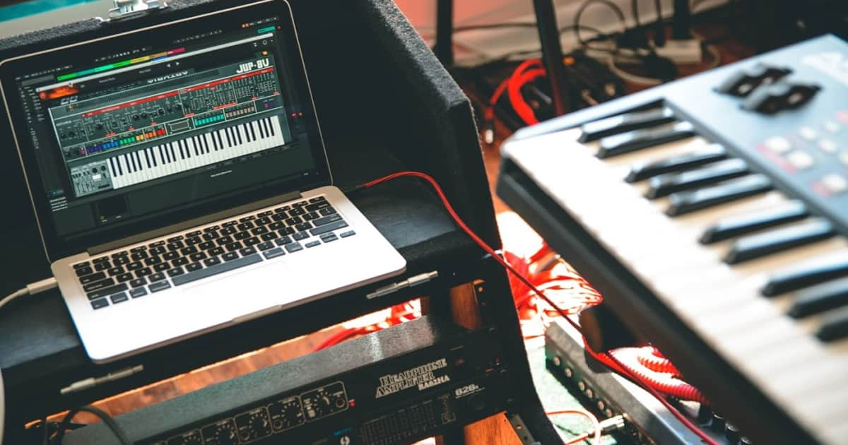 Exploring 7 Classic Keyboards and Their Software | Reverb News