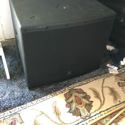 """JBL EON618S Powered 18"""" Subwoofer Speaker"""
