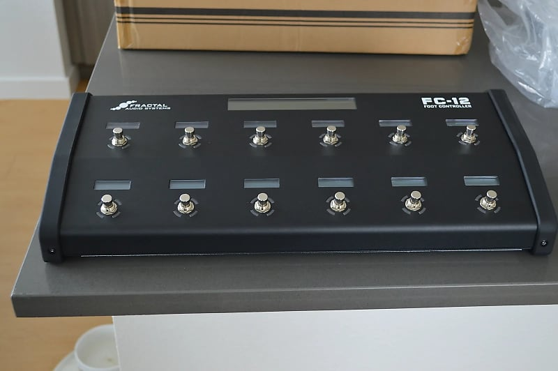Fractal Audio FC-12 Foot Controller for the Axe-Fx III 3