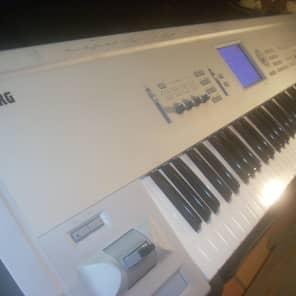 Korg Triton Pro 76 key Synthesizer Fast Safe Shipping