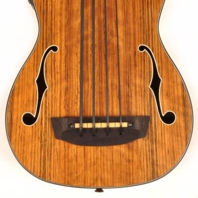 Hadean Walnut Acoustic-Electric Uke Bass Ukulele UKB-23 FH with F Holes