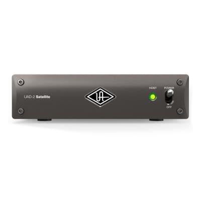 Universal Audio UAD-2 Satellite Thunderbolt 3 OCTO Custom Core Desktop DSP Accelerator
