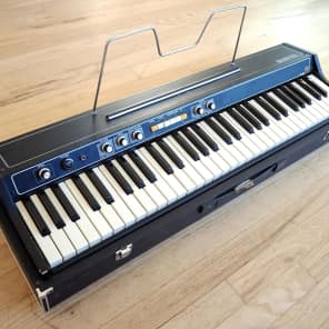 Roland EP-30 61-Key Electronic Piano