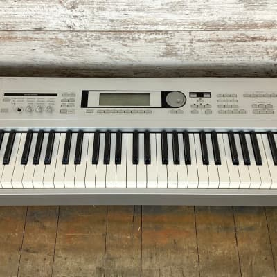 Korg Triton LE 88 Keyboard Synthesizer Workstation Local Pickup Only