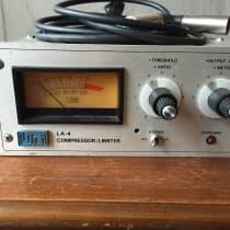 Urei LA-4 Compressor Limiter 1980s Silverface image