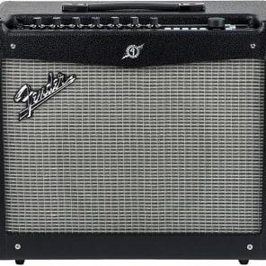 "Fender Mustang III V.2 100-Watt 1x12"" Modeling Guitar Combo 2013 - 2016"