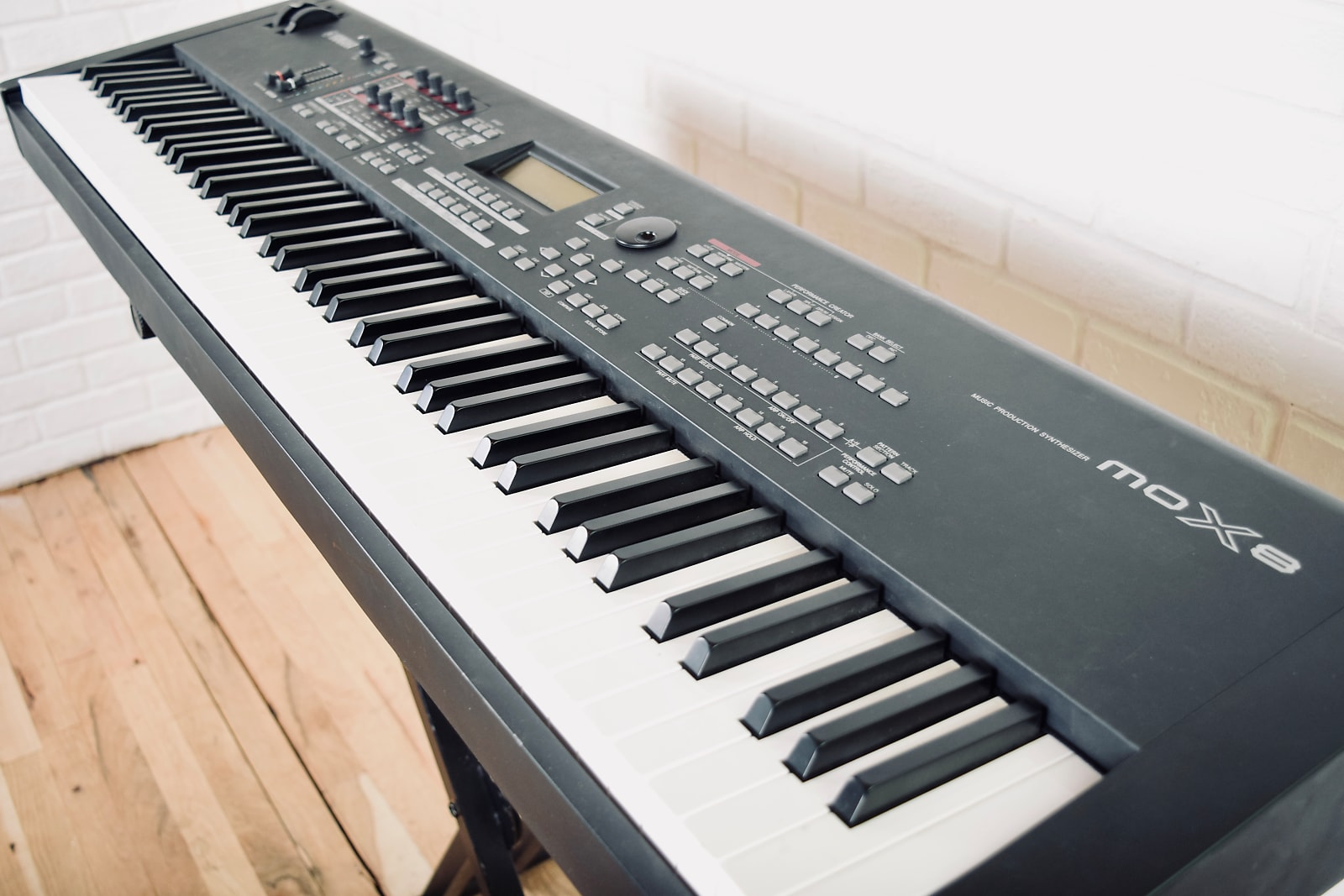 Yamaha MOX8 88 key piano keyboard synthesizer excellent condition-synth for  sale