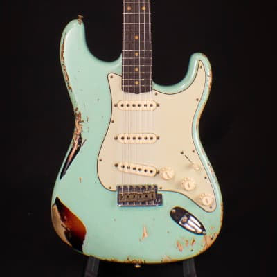 Fender Custom Shop NAMM Limited 1962 Heavy Relic Stratocaster Surf Green over Sunburst 2019
