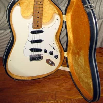 Carlo Robelli FUJIGEN Custom Stratocaster 1975 Olympic White Electric Guitar for sale