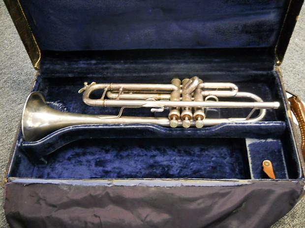 Vintage 1977 Vincent Bach Model 37 Stradivarius Silver