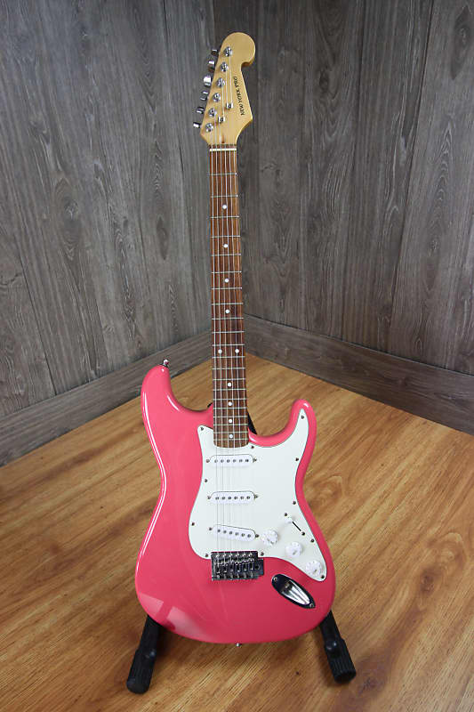 new york pro stratocaster pink used guitar etc texas reverb. Black Bedroom Furniture Sets. Home Design Ideas