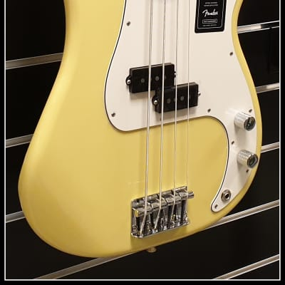 Fender Fender Player Precision Bass MN BCR, Buttercream for sale