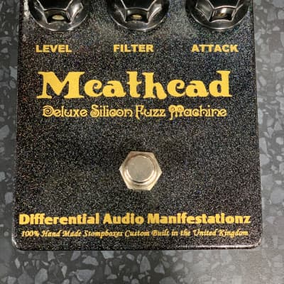 Differential Audio Manifestationz D*A*M Deluxe meathead  Silicon Fuzz 2009 Green sparkle