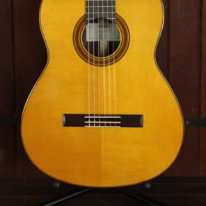 Yamaha CG182S Spruce Top Classical Guitar Natural