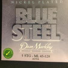 Dean Markley Dean Markley Blue Steel 2679 Medium Light 5 String