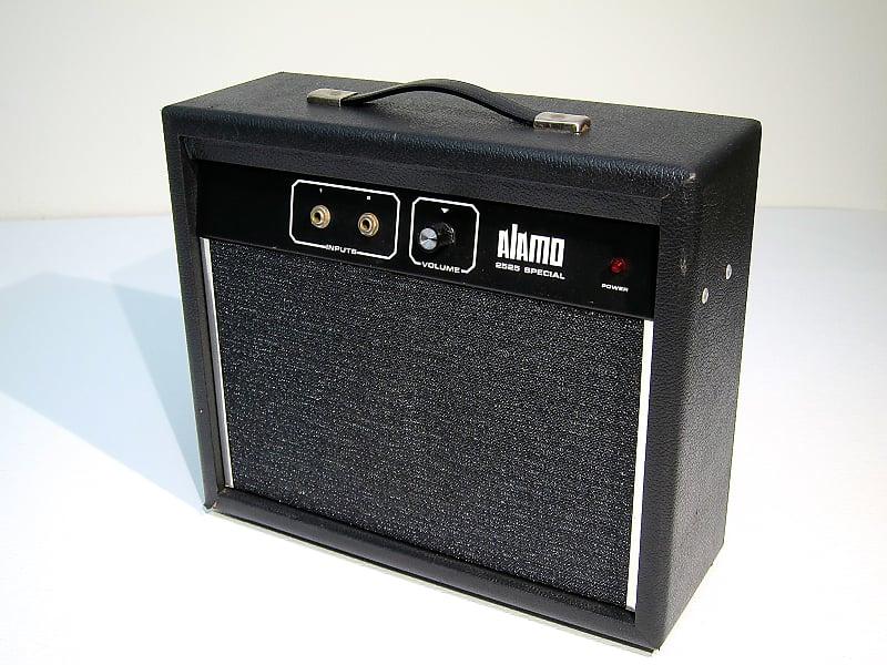 vintage 1970s alamo model 2525 guitar combo amp all original reverb. Black Bedroom Furniture Sets. Home Design Ideas