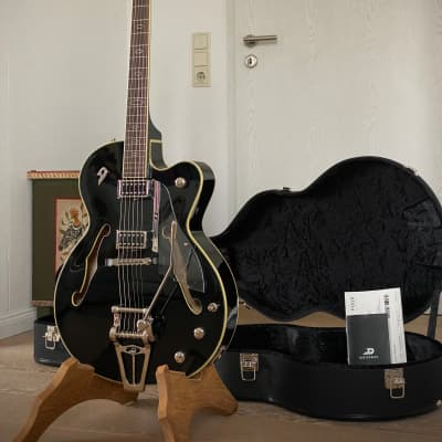 Duesenberg Imperial D-Tron All Black Ltd. EditionBigsbystyle Tremolo! Aus Erstbesitz! ALL Black for sale