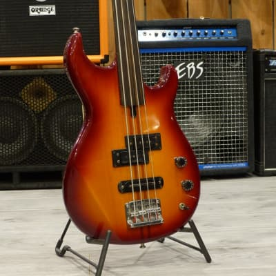 Yamaha BB-2000 Fretless Sunburst (1982) Japan for sale