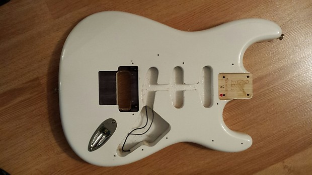 Auto Body Shop Near Me >> Warmoth Ash Strat Body White routed for Floyd Rose | Reverb