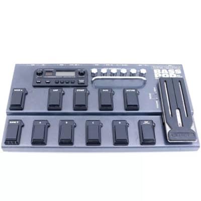 Line 6 Bass POD xt Live Multi-Effect and Amp Modeler