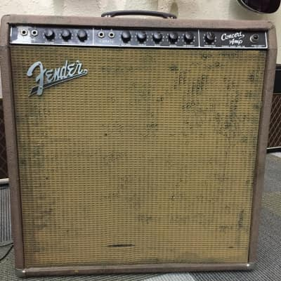 Used Fender 62 Concert Amp Chocolate Replaced Handle TSU3845