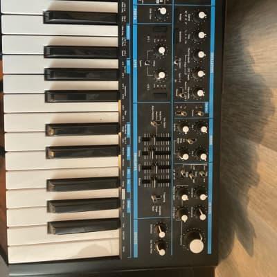 Novation Bass Station II 25-Key Analogue Synthesizer