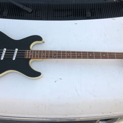 Danelectro Hodad Electric Bass Guitar SSS Lipstick NICE for sale