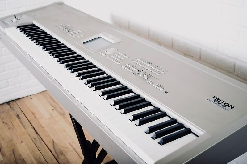 korg triton studio 88 key piano keyboard synthesizer near reverb. Black Bedroom Furniture Sets. Home Design Ideas