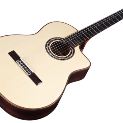 Cordoba GK Pro Negra All solid Wood Acoustic/Electric Classical With Deluxe Case natural