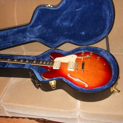 CONN CSE-35  Sunburst Guitar for sale