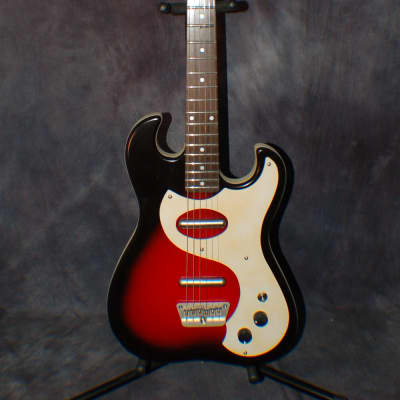 2007 New Old Stock Danelectro 63 Reissue Model 1449 Redburst Dano Gigbag for sale