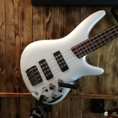Ibanez SR300E-PW SR Series E-Bass 4 String Pearl White