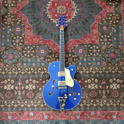 Gretsch G6136T Falcon Limited Edition  Azure Blue