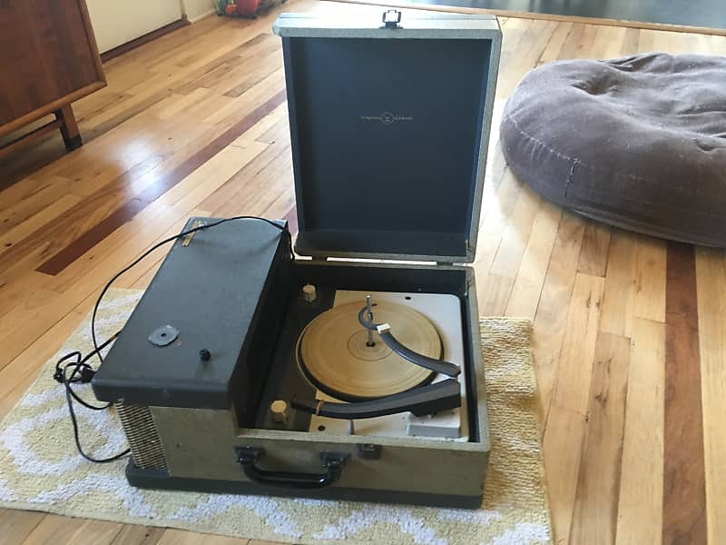 Vintage Portable Tube Amplified Record Player / Guitar Amp