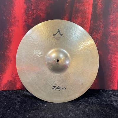 "Zildjian A Custom 18"" Classic Orchestral Medium-Light"